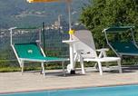 Location vacances Stia - Authentic farmhouse with pool, jacuzzi, playground, garden-4