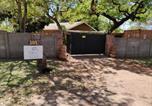 Location vacances  Zimbabwe - Tuskers-2
