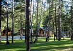 Camping avec Piscine couverte / chauffée Saint-Martin-de-Queyrières - Camping-Caravaneige l'Iscle de Prelles-3