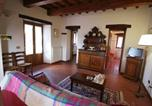 Location vacances Poppi - Gorgeous Farmhouse in Poppi with Swimming Pool-4