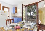 Location vacances  Province de Livourne - Appartamenti Le Querce App. Fico-1