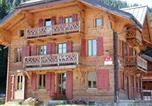 Hôtel Troistorrents - Chalet Suisse Bed and Breakfast-3