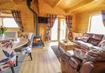 Location vacances Montgomery - Manor Farm Lodges - Red Kite Lodge-4