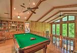 Location vacances Dillard - Spacious Sky Valley Home with Deck and Mtn Views!-2