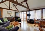 Location vacances Montgomery - Cosy holiday home in Berriew overlooking farmland-2