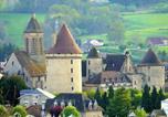 Location vacances Saint-Amand-Jartoudeix - Chateau Gite 2-3