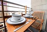 Location vacances Glasgow - City Centre Riverview with Free Parking and Balcony-4