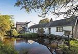 Hôtel Pembrey - Buttercup Cottage-1