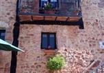 Location vacances  Soria - Casa Rural Las Bardas-3