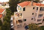 Location vacances Baška Voda - Guest house Villa Ana-1