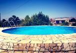 Location vacances Canicattini Bagni - Floridia Villa Sleeps 4 Pool Wifi-1