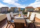 Location vacances Biograd na Moru - Amazing home in Biograd na moru with Outdoor swimming pool and 5 Bedrooms-2