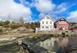 Location vacances Haugesund - Stunning home in Mosterhamn w/ Wifi and 3 Bedrooms-1