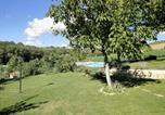 Location vacances Città di Castello - Spacious Farmhouse in Citta di Castello with Pool-2