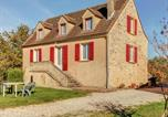 Location vacances Mazeyrolles - Luxurious Holiday Home in Prats-du-Perigord with Swimming Pool-1