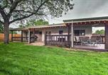 Location vacances Northglenn - Old Town Arvada Family Home with Deck and Game Room!-2