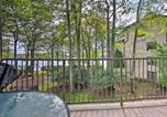 Location vacances Lake Harmony - Lakefront Condo with Pool Access-1min to Big Boulder!-3