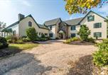 Location vacances Front Royal - Historic Virginia Wine Country Villa with Pool and Yard-2