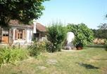 Location vacances Centre - Gîte Cour-Cheverny, 4 pièces, 9 personnes - Fr-1-491-220-1