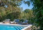 Location vacances Castillonnès - Saint-Julien-d'Eymet Villa Sleeps 4 Pool Wifi-1