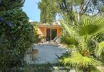 Location vacances Grimaud - Cozy Holiday Home in Grimaud with Beach nearby-2