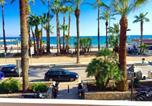 Location vacances  Province de Barcelone - Sitges Seafront Ribera Apartment-4