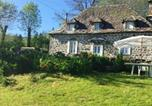 Location vacances Auzers - House with 2 bedrooms in Le Fau with wonderful mountain view and enclosed garden-1