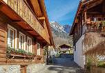 Location vacances Brienz - Holiday Home Chalet Esther-4
