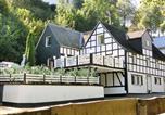 Location vacances Bad Berleburg - Graceful Holiday Home near Ski Area in Schmallenberg-1