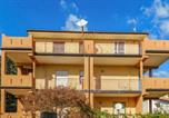 Location vacances Montepaone - Stunning apartment in Davoli Marina Cz with Wifi and 3 Bedrooms-3