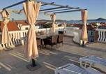 Location vacances Vodice - Apartments with a parking space Vodice - 13973-1