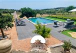 Location vacances Salomó - 35 Hectare Farm, Animals, Pool And Relax-4