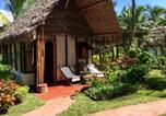 Location vacances Toamasina - Hôtel La Pirogue-1