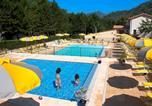 Camping avec Piscine couverte / chauffée Alpes-de-Haute-Provence - Camping Les Eaux Chaudes-1