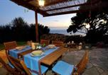 Location vacances  Province d'Imperia - House with 2 bedrooms in Imperia, with Wifi-4