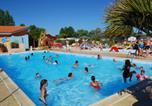 Camping avec Parc aquatique / toboggans Pays de la Loire - Camping Le Puits Rochais -1