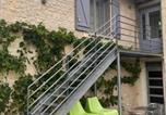 Location vacances  Vienne - &quote;Côté cour, côté jardin&quote;-4