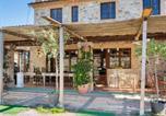 Location vacances  Province de Pérouse - Quaint Cottage in Città della Pieve with Swimming Pool-1