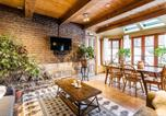 Location vacances Longueuil - Two-Storey Heritage Unit- Private Garden and Sauna-1