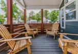 Location vacances Huntsville - Sunrise Cottage at River Rocks Landing with 3 Pools bungalow-3