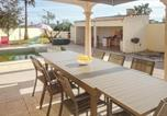 Location vacances Marseillan - Three-Bedroom Holiday Home in Marseillan-3