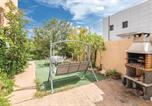 Location vacances Puig Ventós - Two-Bedroom Holiday Home in Vidreres-4