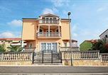 Location vacances Pula - Apartment Vukadin-1