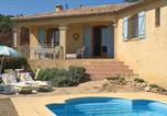 Location vacances  Hérault - Nice home in Cruzy w/ Wifi, Outdoor swimming pool and 3 Bedrooms-1