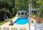 Location vacances Sant Martí Vell - Cruilles Villa Sleeps 12 with Pool and Wifi-3