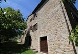 Location vacances  Province de Pesaro et Urbino - Exquisite Farmhouse in Marche with Swimming Pool-3