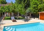 Location vacances Selva - Caimari Villa Sleeps 6 Pool Air Con Wifi-1