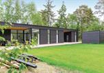 Location vacances Jægerspris - Five-Bedroom Holiday Home in Rorvig-1