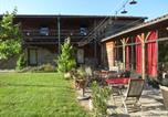 Location vacances La Vineuse - La Pierre Folle Chambres d'Hôtes-2
