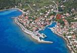 Location vacances Sućuraj - Apartments by the sea Sucuraj, Hvar - 14736-1